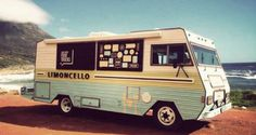 Check out 20 of the coolest RV food trucks. These trucks are constructed from vintage trailers, brand new motorhomes, and gently used RVs. Vintage Caravans, Vintage Trailers, Vintage Campers, Caravan Shop, Cape Town Tourism, Coffee Food Truck, Mobile Food Trucks, Best Food Trucks, Food Truck Business