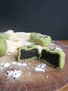 Matcha Black Sesame Mooncakes