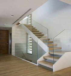 Modern Staircase Design Ideas - Browse motivational photos of modern stairs. With treads and also ra Glass Stairs, Concrete Stairs, Glass Railing, Stairs Window, Dream House Interior, Interior Stairs, Escalier Design, Floating Staircase, Staircase Design