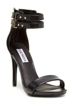 Chic shoe staple.