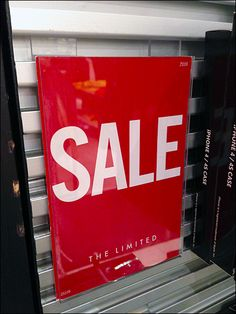 Slatwall Sign Holder – Fixtures Close Up Shop Sale, Sale Store, Retail Displays, Store Displays, Sale Signage, Slat Wall, Retail Space, Pop, Signs
