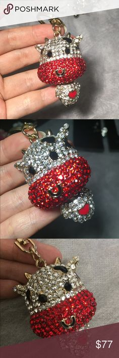 New Super cute shiny key chain cow cute diamond Super cute! Shiny! Bling bling! New! Worth! Too cute!!!!!! Only this one! If you want to buy three, then look at the other two. Accessories Key & Card Holders