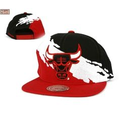0c5ddb7d520 Mitchell   Ness Chicago Bulls Paintbrush Snapback Hat
