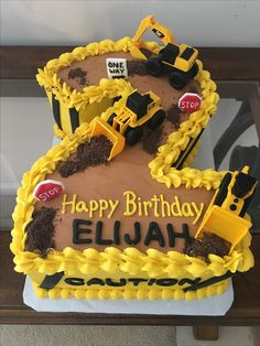 2 Year Old Birthday Cake, Toddler Birthday Cakes, 2nd Birthday Party For Boys, Truck Birthday Cakes, Birthday Ideas, 4th Birthday, Construction Theme Cake, Construction Birthday Parties, Digger Birthday
