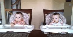 Twin Baby Girls Rock Out When Daddy Plays Guitar (VIDEO)