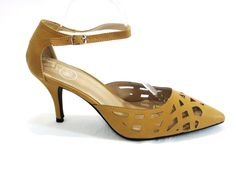 Beverly Mills Faux Leather Camel Women's Ankle Strap PointyToe Shoe Size 11m #beverlymills #anklestrap