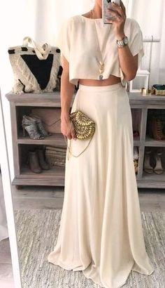 30 comfy casual maxi skirt ideas #casualoutfits #comfywear #dailyfeedpins.com #WomenFashion #WomenOutfits