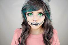 Kontaktlinsen zu Halloween - grüne Katzen-Augen