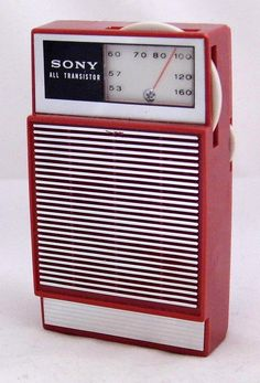 Vintage Sony All Transistor Radio, Model 2R-22, Broadcast Band Only (MW), Made In Japan, Circa 1965