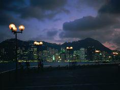 Papéis de Parede Grátis para PC - Cidades de noite: http://wallpapic-br.com/paisagens/cidades-de-noite/wallpaper-40231