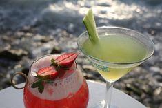 Summer Cocktails & Little Venice Mykonos #capriceofmykonos #capricebar #littlevenicemykonos #capricebarmykonos #summercocktails #foodstyling #summerdrinks #visitmykonos #eventplanning #mykonos #greece Refreshing Summer Cocktails, Cocktail Drinks, Rice Bar, Exotic Fruit, Mykonos, Moscow Mule Mugs, Fresh Fruit, Food Styling, Rum