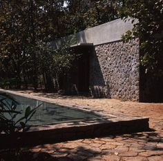 Image 37 of 50 from gallery of Copper House II / Studio Mumbai. Photograph by studio mumbai Indian Architecture, Minimalist Architecture, Architecture Details, Organic Architecture, Delhi India, New Delhi, Estudio Mumbai, Tulum, Copper House