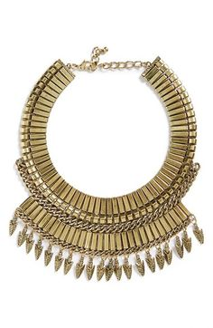 Free shipping and returns on Leith 'Armour' Collar Necklace at Nordstrom.com. Designed for only the fiercest of accessorizers, the Armour necklace makes a bold statement thanks to oversized links, spearhead-shaped charms and a rich, antiqued finish.