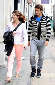 I HATE those shoes on Roger.  But Mirka looks great.