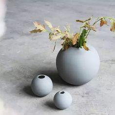 Vase, Interior Design, Home Decor, Nest Design, Decoration Home, Home Interior Design, Room Decor, Flower Vases, Vases