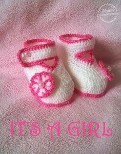 Buciki szydełkowe dla dziewczynki