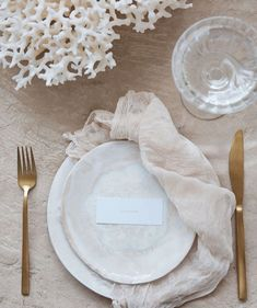 A 2019 wedding trend we have fallen in love with. Style your tablescape with quartz crystals alongside coral decor for a contemporary celestial or coastal wedding style. Available to hire exclusively from online store The Sourceress. - Welcome My Decor Wedding Trends, Wedding Designs, Wedding Styles, Wedding Colors, Celestial Wedding, Wedding Decorations, Table Decorations, Coral Decorations, Wedding Centerpieces
