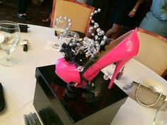 High Heel Centerpieces - made these for my sisters wedding shower! Birthday Table Decorations, Party Centerpieces, Quinceanera Centerpieces, Centrepieces, Sweet Sixteen Parties, Shoe Crafts, Floral Shoes, Decorated Shoes, Paris Party