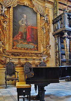 VISIT | Universidade de Coimbra- Biblioteca Joanina