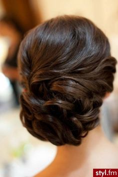 Formal up do @Lila De La Cruz can you tag this to christy so she can see it for the back of our updos