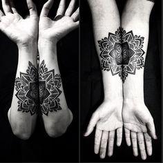 Artist: @diamante_murru  To be featured: #inkstinctsubmission  #Download: Inkstinct Tattoo App and #Discover more!  #blacktattoo #tattooartist #tattoo #tattooartist #tattoos #tattoocollection #tattooed #tattoomagazine #tattooclub  #tattooer #tattooartwork  #tatuaje #tattooaddicts #tattoolove  #tattooworkers  #topclasstattooing #tattooaddicts #tattooart  #superbtattoos #tattooist  #tattoosnob #drawing #tatuaggio #tattoooftheday Tattoo shared by inkstinct_tattoo_app