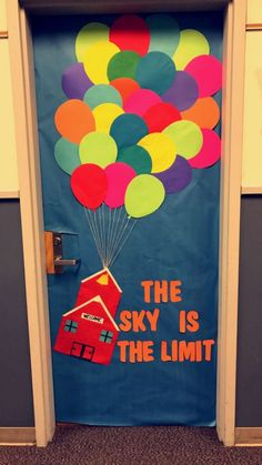 The sky is the limit classroom door decoration up balloons . The sky is the limit classroom door d Classroom Door Displays, Classroom Decor Themes, Welcome Door Classroom, Kindergarten Classroom Door, Preschool Teachers, Classroom Board, School Classroom, Classroom Door Decorating Ideas, Preschool Welcome Door