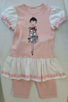 Taille 110 créé à partir d'un pull trop petit. Pull, Rompers, Couture, Dresses, Fashion, Human Height, Vestidos, Moda, Monkeys