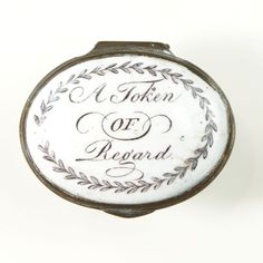 "Bilston Patch Box ""A token of Regard"" - The Antique Enamel Company Enamel Jewelry, Jewelry Art, Vintage Jewelry, Old Letters, Shoe Horn, Antique Boxes, Pretty Box, Painted Books, China Porcelain"