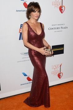 actress-lisa-rinna-attends-the-20th-annual-race-to-erase-gala-love-to-picture-id167984871 (395×594)
