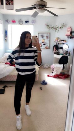 teenager outfits for school - teenager outfits ; teenager outfits for school ; teenager outfits for school cute Teenager Outfits, Teenager Mode, Lazy Outfits, Cute Fall Outfits, College Outfits, Teen Fashion Outfits, Outfits For Teens, Trendy Outfits, Cool Outfits