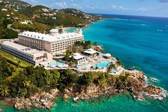 Marriott Frenchman's Reef & Morning Star on St. Thomas Top All Inclusive Resorts, All Inclusive Honeymoon, All Inclusive Packages, Beach Resorts, Hotels And Resorts, St Thomas Resorts, Swim Up Bar, Us Virgin Islands, Morning Star