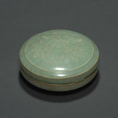 A Longquan celadon molded seal paste box, Northern Song dynasty