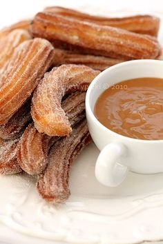 Churros - recipe in Polish Unique Desserts, Just Desserts, Delicious Desserts, Yummy Food, Churros, Food L, Food Porn, Cooking Time, Cooking Recipes