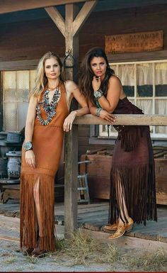 Erin Alexander and Tressie Childs in Wild Instincts Fallow after Leather ! Western Girl, Western Chic, Boho Fashion, Vintage Fashion, Womens Fashion, Hot Outfits, Fashion Outfits, Estilo Cowgirl, Hot Country Girls