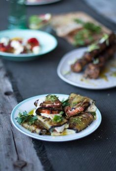 A recipe for a Braaied Caprese Brinjal Parcels , a sure fire way to make a the delicious Braaied or barbequed vegetarian dish with a difference. Vegetarian Cookbook, Vegetarian Recipes, Vegetarian Dish, Vegetarian Starters, Healthy Recipes, Banting Recipes, Banting Diet, Grilling Sides, Eating Vegetables