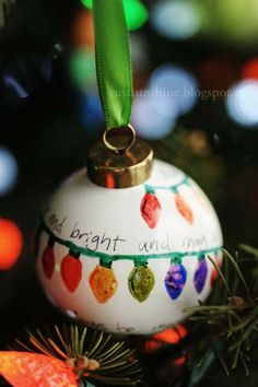 Rust & Sunshine: 12 Days of Christmas Ornaments - Day 11: Sharpie drawings on Porcelain Bulbs
