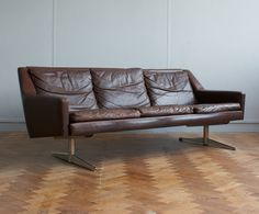 Image of Danish leather sofa c.1960, attrib. Georg Thambs