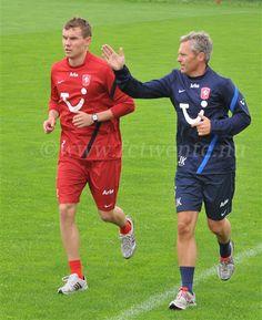 First training Danish International Andreas Bjelland at FC Twente.