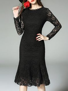 SheIn offers Petals Print Tie-Waist Dress & more to fit your fashionable needs. Velvet Midi Dress, Lace Midi Dress, Skirt Fashion, Fashion Dresses, Women's Fashion, Fancy Black Dress, Midi Dresses Online, Dress Online, New Years Dress