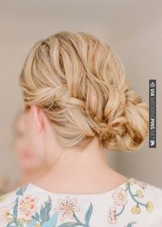 Real Wedding by Abby Jiu on Snippet and Ink | CHECK OUT MORE IDEAS AT WEDDINGPINS.NET | #weddings #weddinghair #hairstyles #fashionhair #newhair #forweddings