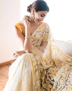 Bollywood Stars, Bollywood Fashion, Manish Malhotra Saree, Samantha Photos, Beautiful Girl Photo, Indian Outfits, Indian Clothes, Girl Photos, Lehenga