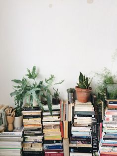 Home Design, Interior Design, Sweet Home, Uni Room, Dream Apartment, Book Aesthetic, Slow Living, My New Room, House Rooms