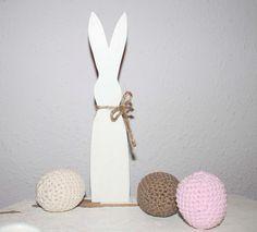 shabby Osterhase easter rabbit weiß Landhaus rustikal Vintage von Nostalgie Gretel häkelt und schenkt auf DaWanda.com