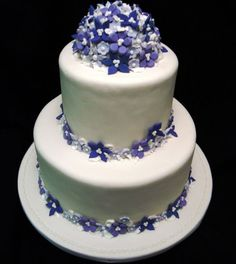 elegant purple wedding cake