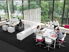 FrameFour makes transitions practically seamless, providing a consistent ecosystem of spaces that support resident, nomadic, meeting workstyles throughout the work environment.