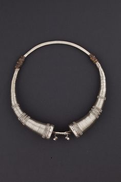 Gujarat, Northwest India | Hansuli necklace from the beginning of the 20th century.