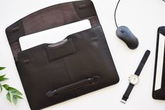 Laptop cases 15 inch Leather laptop sleeve by TheLeatherExpert