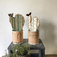 Pin on suculentas y cactus Paper Cactus, Cactus Craft, Cactus Decor, Tin Can Crafts, Dyi Crafts, Wood Crafts, Arts And Crafts, Diy Projects To Try, Craft Projects