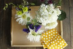 Step Into Spring: Floral Party Favors (http://blog.hgtv.com/design/2014/03/24/step-into-spring-floral-party-favors/?soc=pinterest)