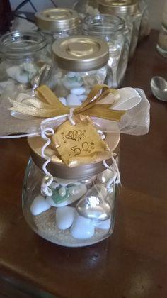 ipasticcidimanu: CONFETTI DECORATI idea regalo nozze d'oro portaspezie con confetti decorati